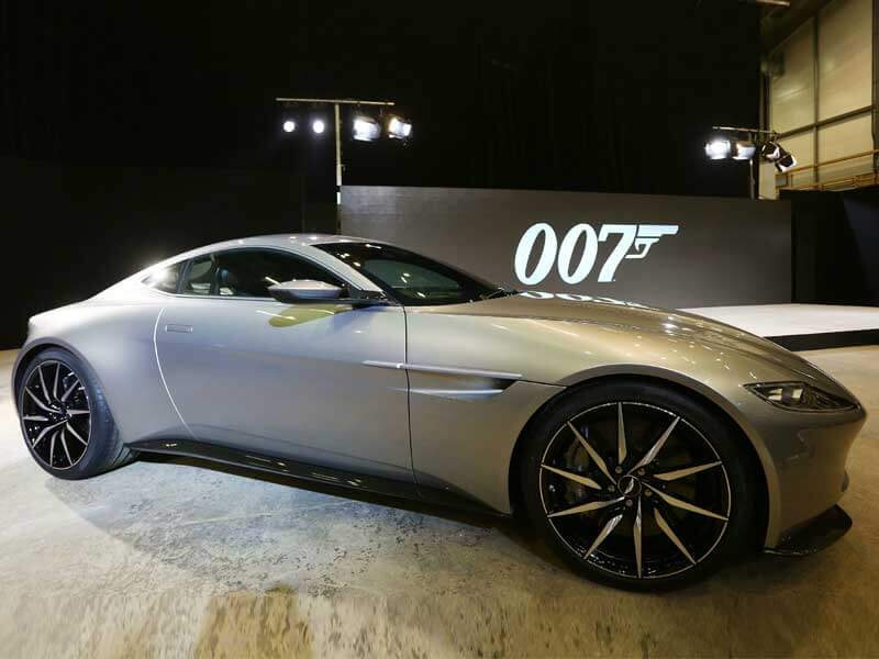 Aston Martin DB10 (Spectre)